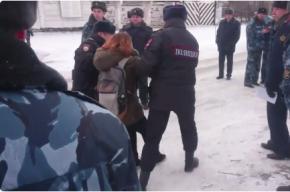 Петербургских активистов за поддержку Дадина задержали в Карелии