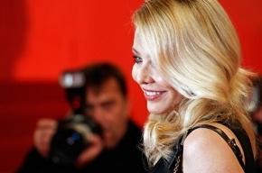 Песков прокомментировал желание Орнеллы Мути стать россиянкой