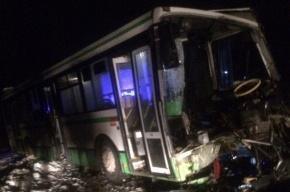 Семь человек пострадали в ДТП в Ленинградской области