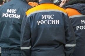 Экскаватор с рабочим в кабине утонул в Кронштадте: погиб мужчина