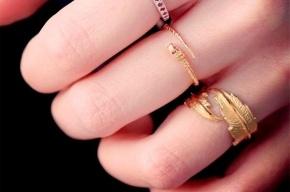 Девочке-подростку «сняли» порчу за золото матери