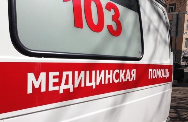 Мужчина сломал ногу врачу «скорой» в поликлинике Петербурга