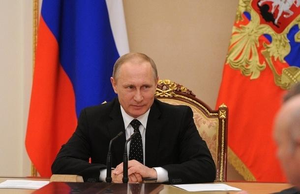 Опрос: две трети россиян хотят видеть Путина президентом  в 2018 году