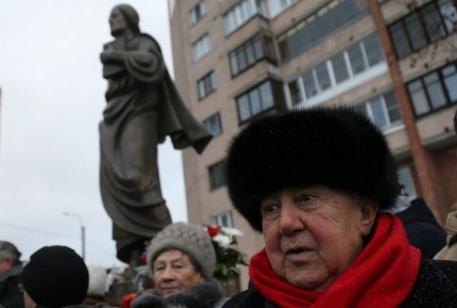 Открытие памятника Шота Руставели в Петербурге,фото: Игорь Руссак: Фото