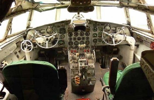 Ил-18 с военнослужащими на борту разбился в Якутии