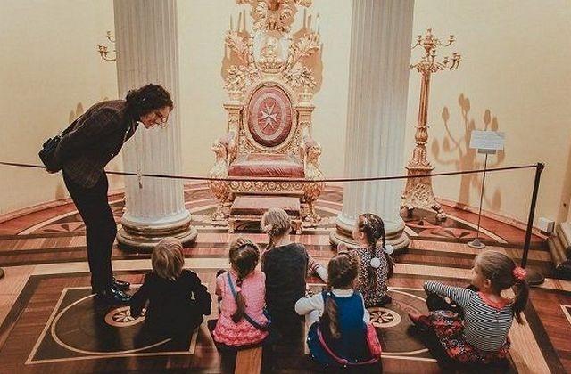 _Дети  в Эрмитаже,kidsreview