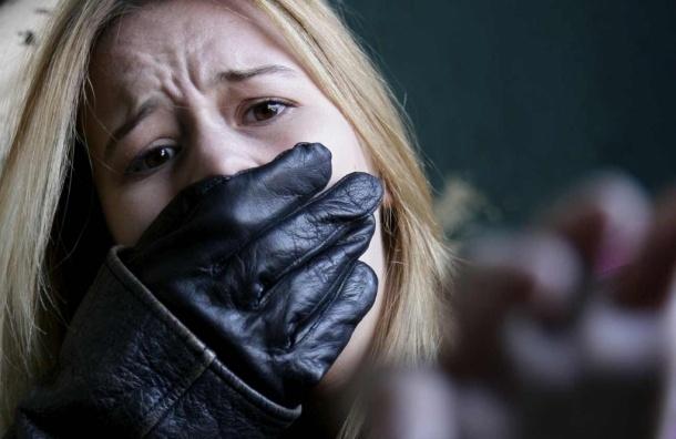 ВВыборге влюбленный педагог похитил студентку