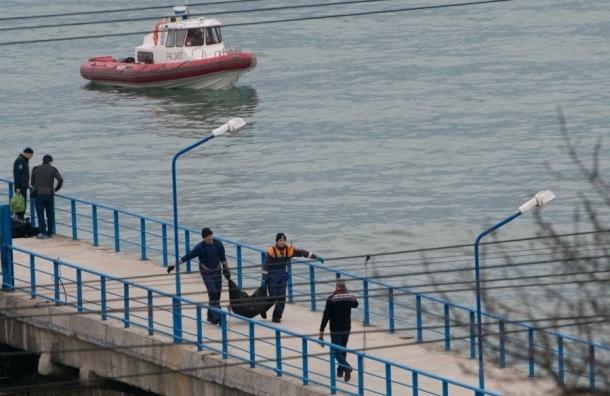Крупный обломок Ту-154 и большое количество останков нашли в Черном море