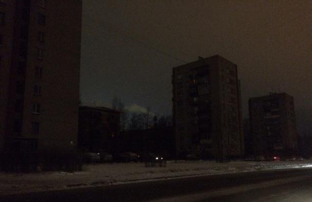 Жители Красного Села остались без света