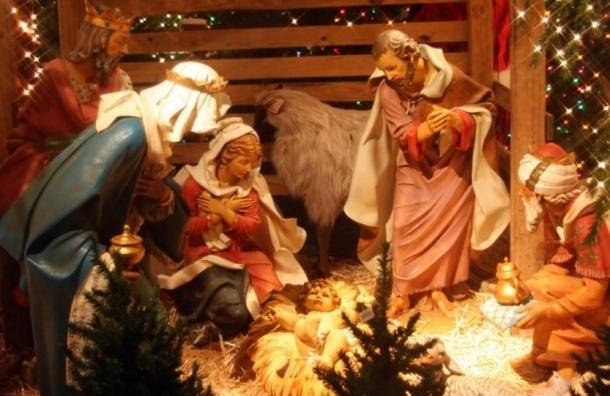 Западные христиане празднуют Рождество