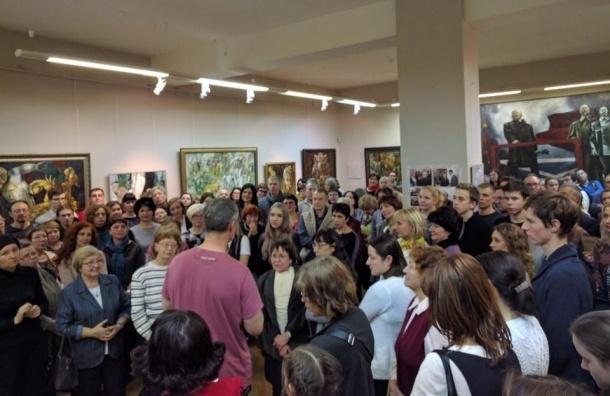 Главу Екатеринбурга Ройзмана обокрали во время лекции в музее