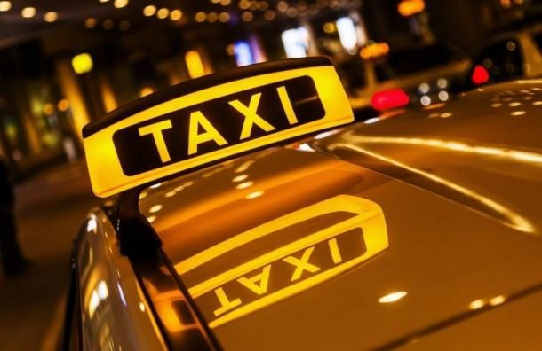 Пожилого петербуржца, которого таксист высадил на мороз, можно было спасти