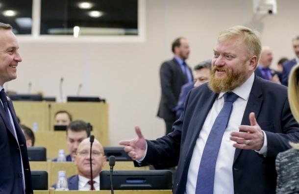 Милонов требует проверить «Медузу» на экстремизм из-за статьи про чеченцев