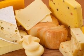 Груз с 80 тоннами уругвайского сыра задержали в Петербурге