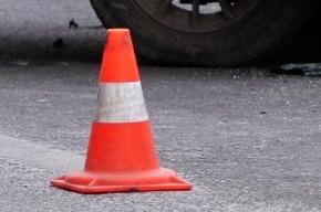 Toyota врезалась в грузовик на Московском шоссе