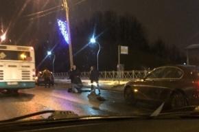 Очевидцы: Иномарка на Луначарского сбила женщину