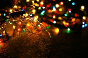 КПРФ предлагает ради Рождества перенести Новый год на 14 января