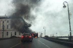 Грузовик горел у Летнего сада
