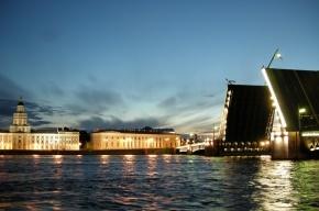 Разводить Дворцовый мост будут до понедельника