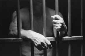 Петербуржец два года насиловал собственного 8-летнего сына