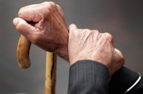 Петербургская пенсионерка «спасла» внука от уголовки почти за 400 тысяч рублей