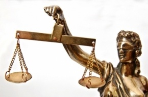 Обвиняемых в убийстве медсестер на Суворовском доставили в суд