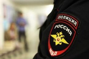 Москвич, стрелявший в полицейских, взял заложника