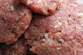 Санкционные мясо и сыр сожгли в Петербурге