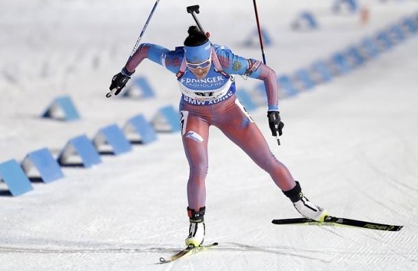 Российская биатлонистка Акимова выиграла спринт на этапе Кубка мира