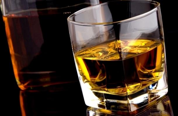 Смертность от алкоголя в новогодние праздники сократилась на 65%