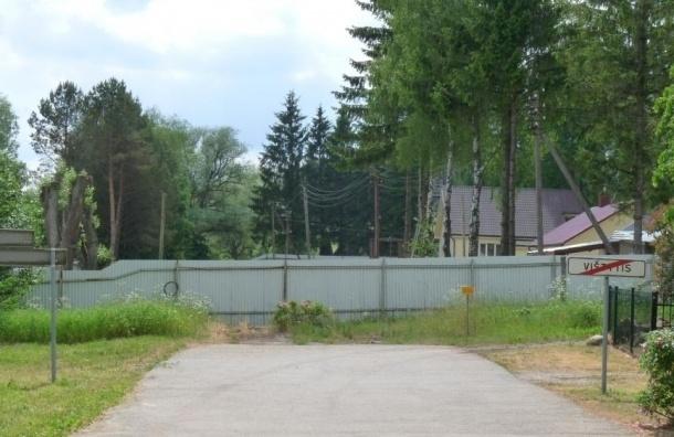 СМИ: Литва хочет построить стену на границе с Россией