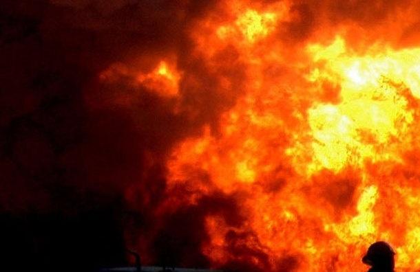 Женщину изгорящей квартиры нашоссе Революции спас сосед, организовавший эвакуацию