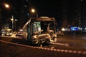 Два человека погибли в ДТП с автобусом на Белы Куна