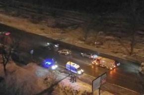 Очевидцы: пешеход попал под колеса машины на Красносельском шоссе
