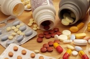 Наглотавшуюся таблеток жительницу Купчино спасают в больнице