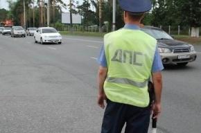 Таксист на Урале протащил полицейского по дороге