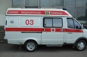 Неизвестные жестоко избили двух подростков на севере Петербурга