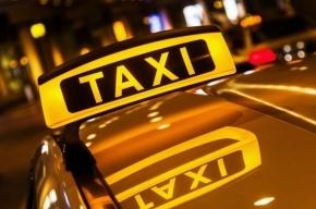 Таксист-частник в Петербурге изнасиловал и ограбил пассажирку