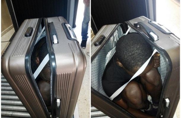 Нацгвардия Испании задержала на границе женщину за попытку провести в чемодане габонца