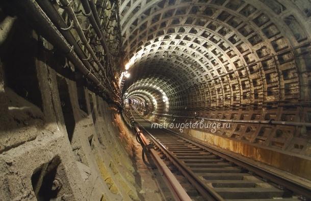 «Метрострой» начал прокладывать тоннель между «Спасской» и«Большим проспектом» вПетербурге