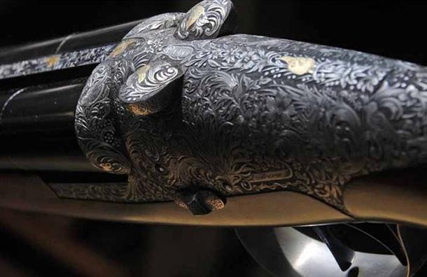 Петербуржец во время ремонта нашел французское ружье начала XX века