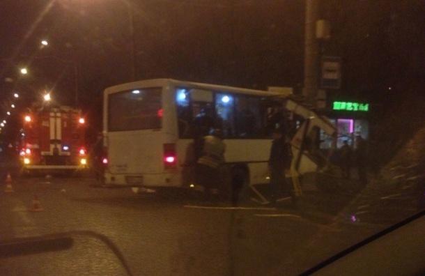 Перевозчик обещает компенсации пассажирам попавшей в ДТП маршрутки