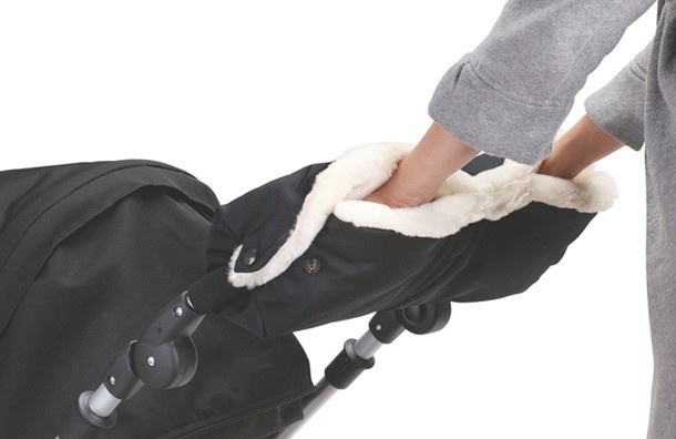 Похитили коляску сребёнком