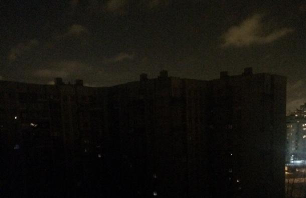 Жители Купчино остались без света