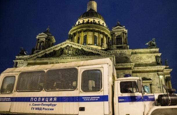 Петербургская епархия против идеи Милонова о крестном ходе в защиту Исаакия