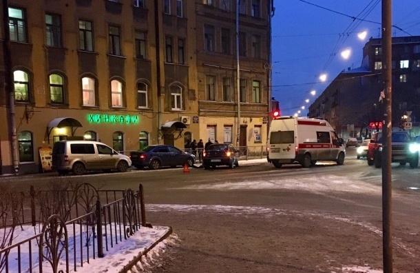 Легковушка врезалась в скорую на пересечении Боровой и Константина Заслонова