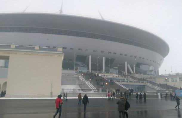 Первых посетителей пустили на стадион на Крестовском