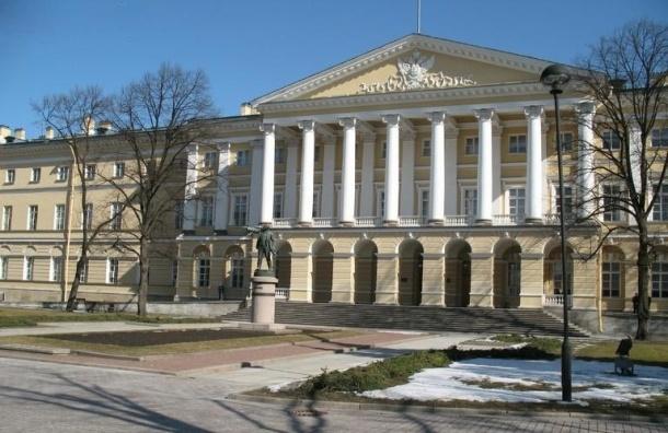 Комитет по строительству расторгает контракты на 1 млрд рублей
