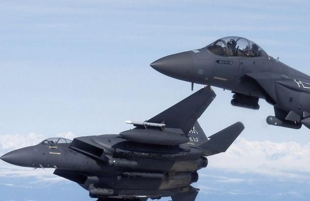 Американский самолет провел разведку вблизи Ленобласти