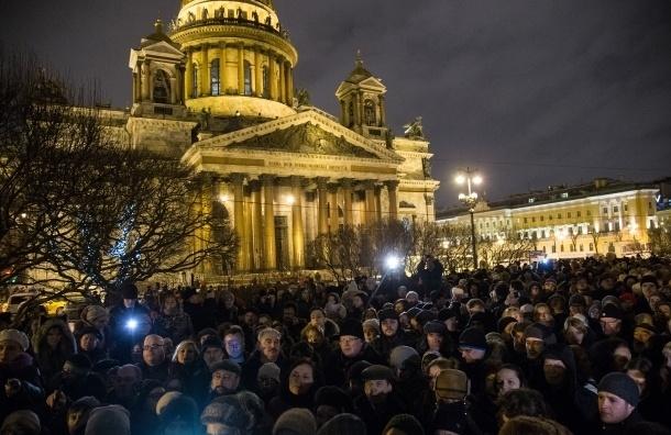 Исаакиевский собор будут передавать РПЦ в течение шести лет